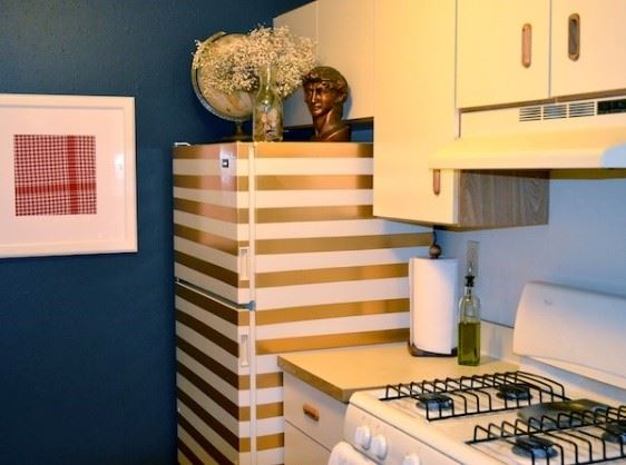 decorate fridge - gold stripes